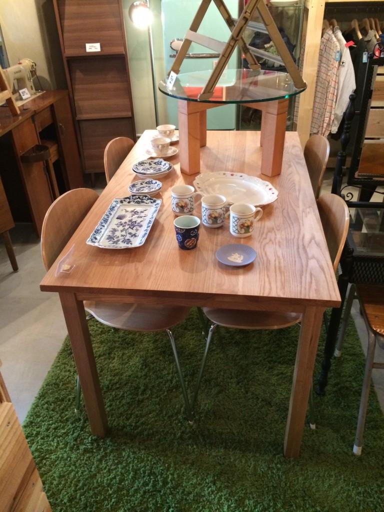 無印良品 ダイニングテーブル 家具 買取 東京 荒川区