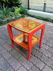 ロマノフ塗サイドテーブル