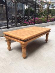 マドリッドコレクションのローテーブル