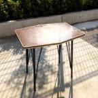 日本のレトロなサイドテーブル