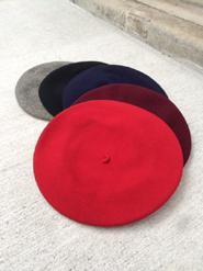 KANGOLのベレー帽