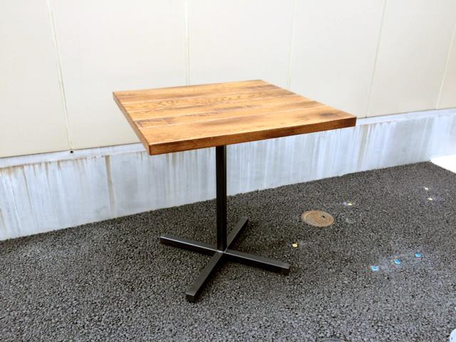 アクメのグランドビューテーブル