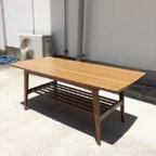 カリモク60の大テーブル
