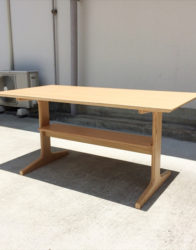 無印良品のマルチテーブル