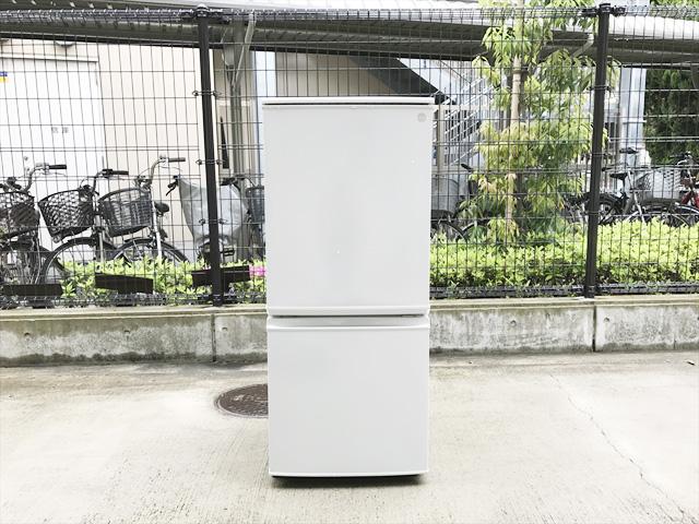シャープの137L冷蔵庫