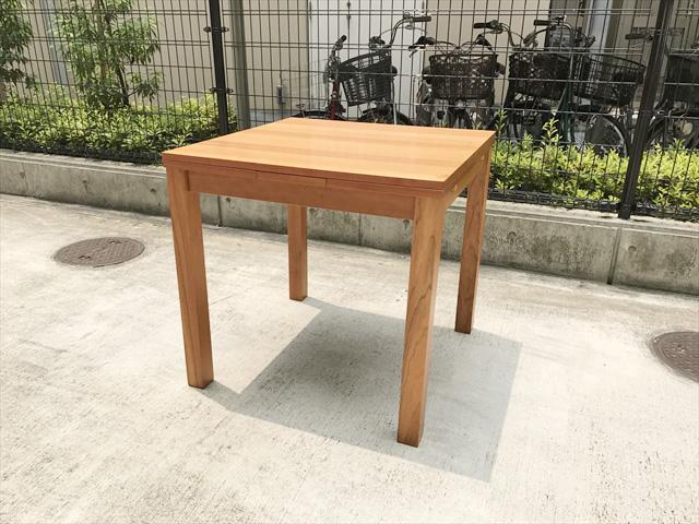 VIVO ダイニングテーブル 買取 ウニコ