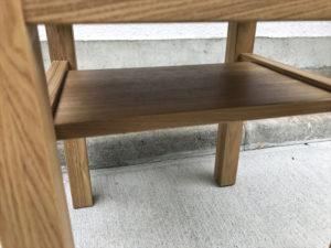 タモ材サイドテーブル 中板