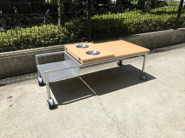 イノベーターリビングテーブル