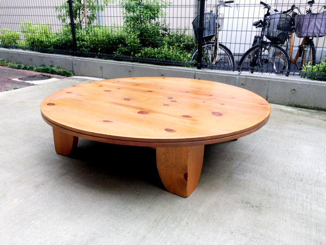 広松木工のGALAサークルテーブル