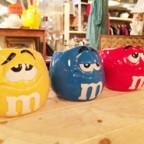 M&Mのポップカラーマグカップ