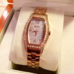 フォリフォリのレディース腕時計