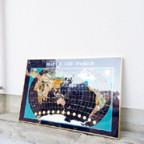 天然石を使った世界地図