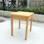 無印良品のタモ材サイドテーブル