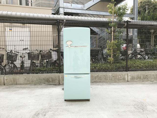 ウィルミニターコイズブルーの冷蔵庫