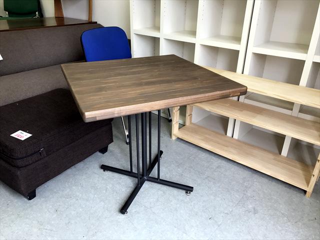 keltカフェテーブル