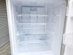 シャープの3ドア冷蔵庫詳細画像9