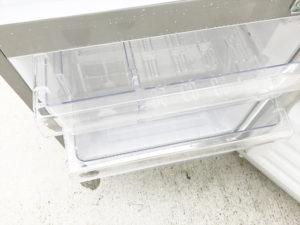 2ドア冷蔵庫 冷凍室内部