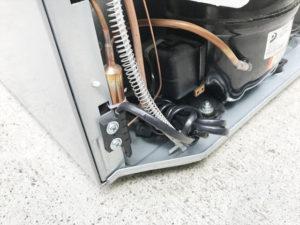 2ドア冷蔵庫 背面コンセント部