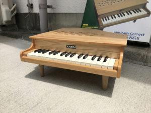 ミニピアノ 全体