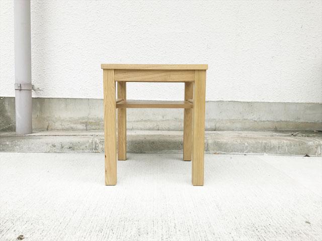 タモ材サイドテーブル 正面