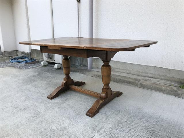 英国アンティークダイニングテーブル