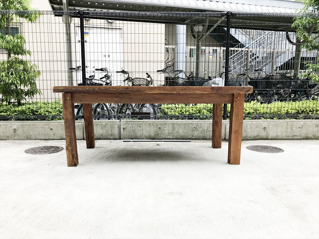 チーク材ダイニングテーブル
