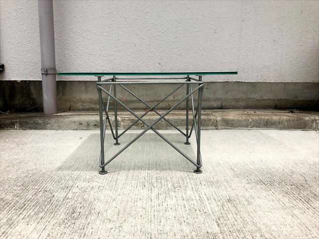 ガラストップサイドテーブル