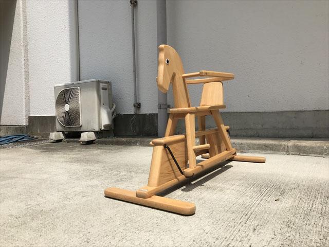 ゴイタースウィング木馬