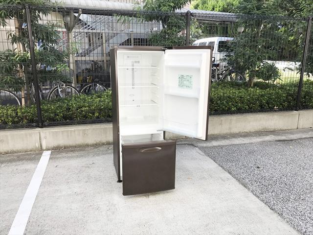 パーソナル2ドア冷蔵庫168リットル