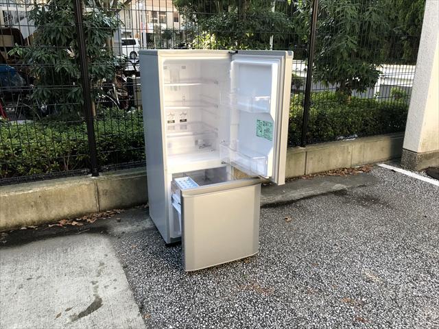 コンパクト2ドア冷蔵庫ラウンドカット