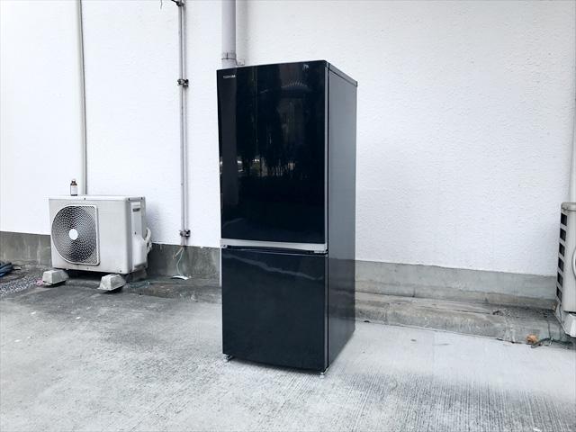 東芝2ドア冷蔵庫ピュアブラック