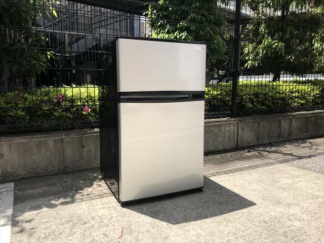 エーステージ2ドア冷蔵庫エスキュービズム90L