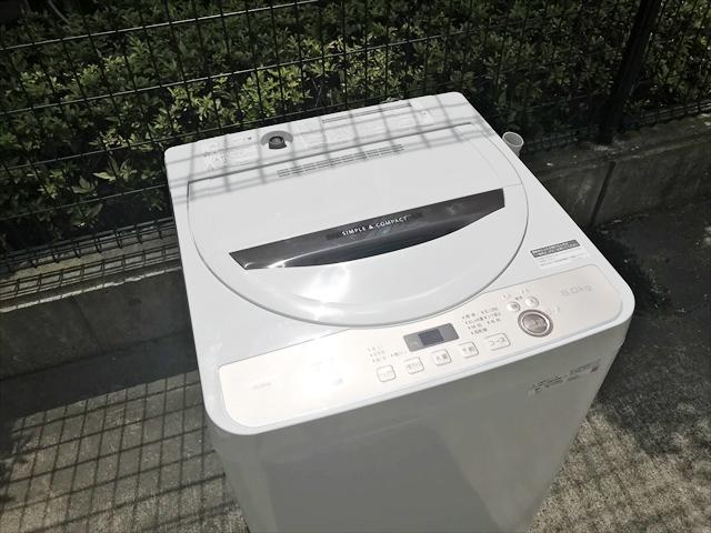 洗濯機6キロ容量黒カビブロック穴無槽